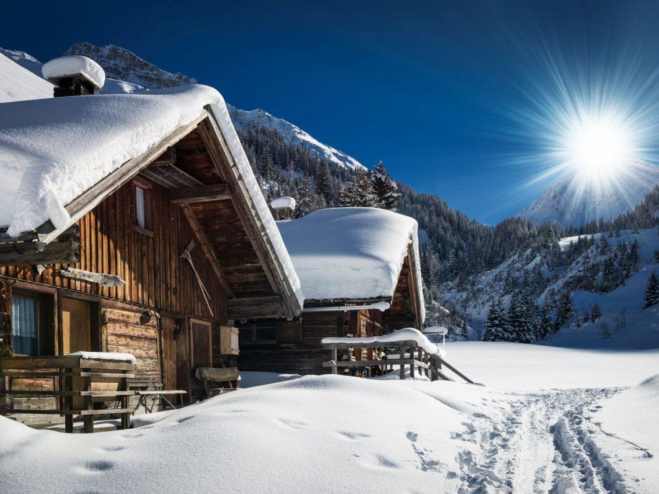Alby w Austrii zimą