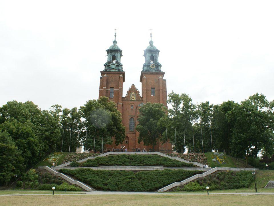 Katedra w Gnieźnie na wzgórzu Lecha
