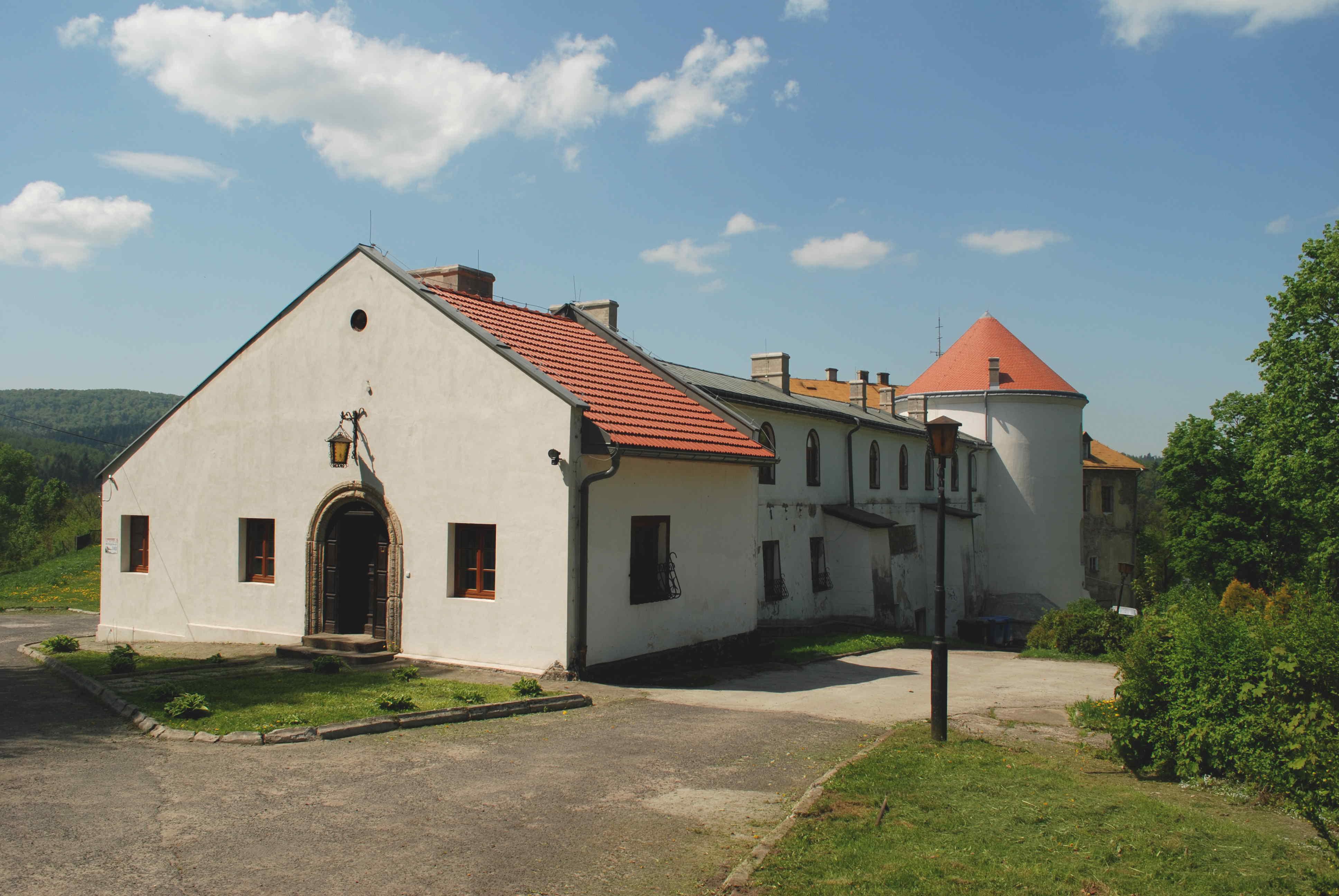 Zamek Kmitów, Bieszczady